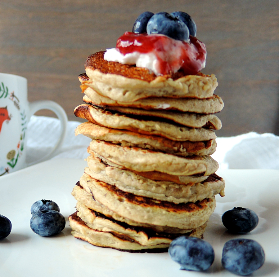 4 – Ingredient Banana Pancakes