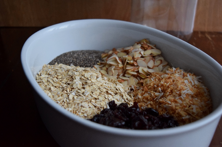 Dried Cherry Muesli {vegan & naturally sweetened}