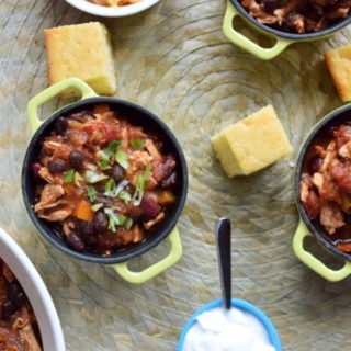 Slow Cooker Chicken and Bean Chili #Slow Cooker #Gluten-free #Paleo #Dairy-Free